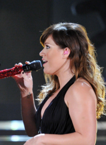 Kelly Clarkson Grammy Awards
