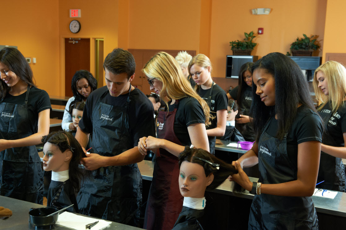 Esthetician majors colleges